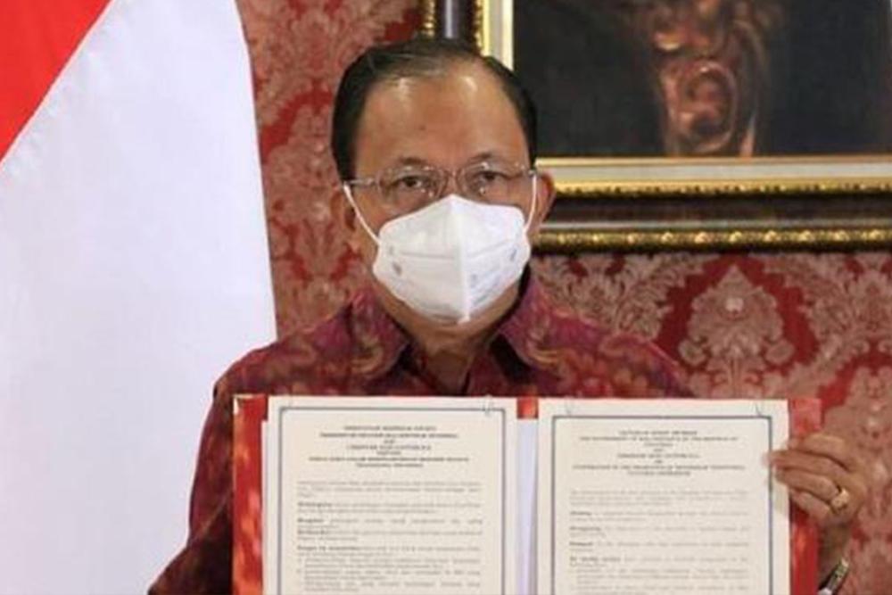 Pemprov Bali Gandeng Christian Dior untuk Promosi Kain Endek Bali